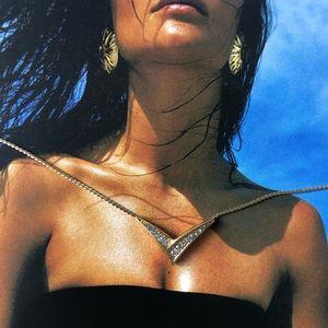 Vintage CHRISTIAN DIOR Crystal V Necklace
